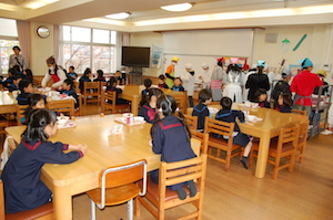 ひつじ組 小学校給食体験